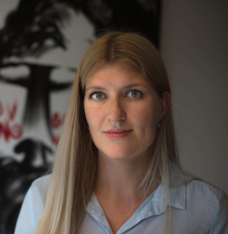 Beatrice Fihn: Hva har kjønn og atomvåpen å gjøre med hverandre? – Ikonferansen2018